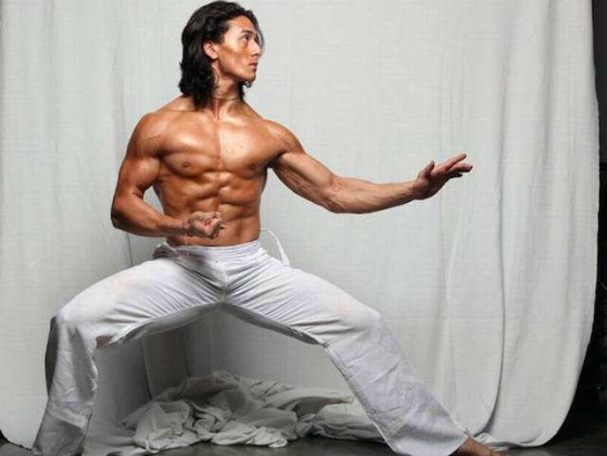 tiger shroff body building images