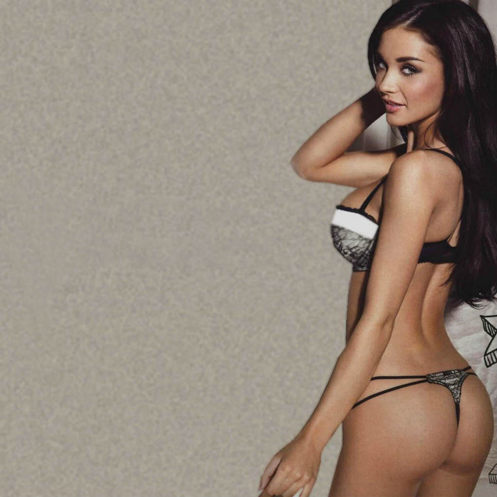 Amy jackson sexy wallpaper in bikni