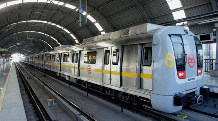 delhi metro driver less train